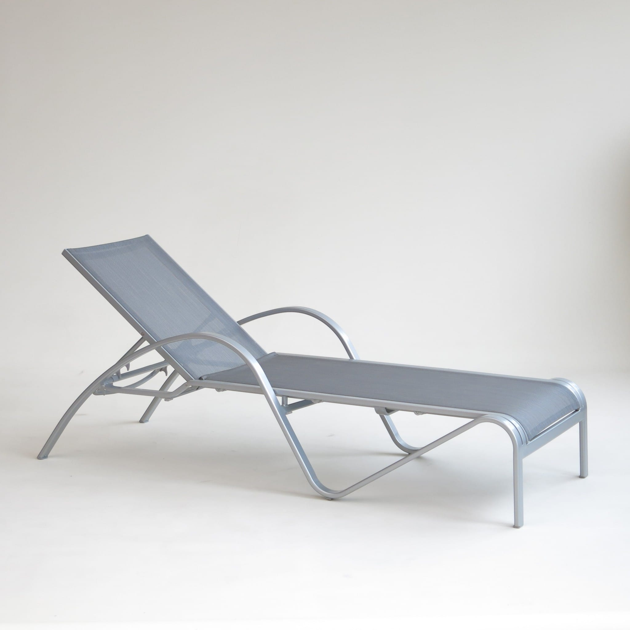 carma aluminium liege loung beach silber batyline. Black Bedroom Furniture Sets. Home Design Ideas