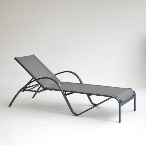 carma aluminium liege loung beach taupe batyline bumb gartenm bel karlsruhe. Black Bedroom Furniture Sets. Home Design Ideas